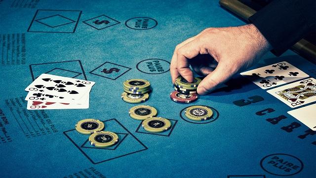 Cara Mudah untuk Menang Banyak di Situs Online Poker