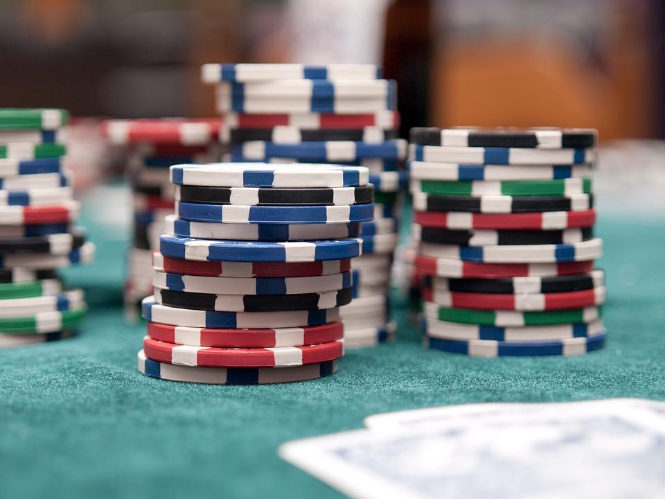 Jadi Member Situs Poker Online Terbaik, Mudah dan Menguntungkan