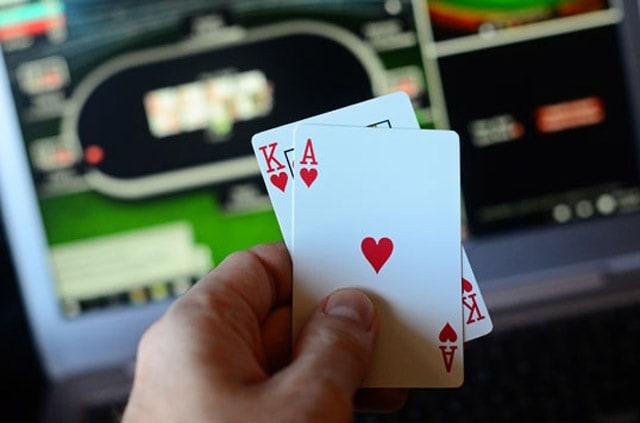 Merasa nyaman saat memainkan situs poker online terakhir